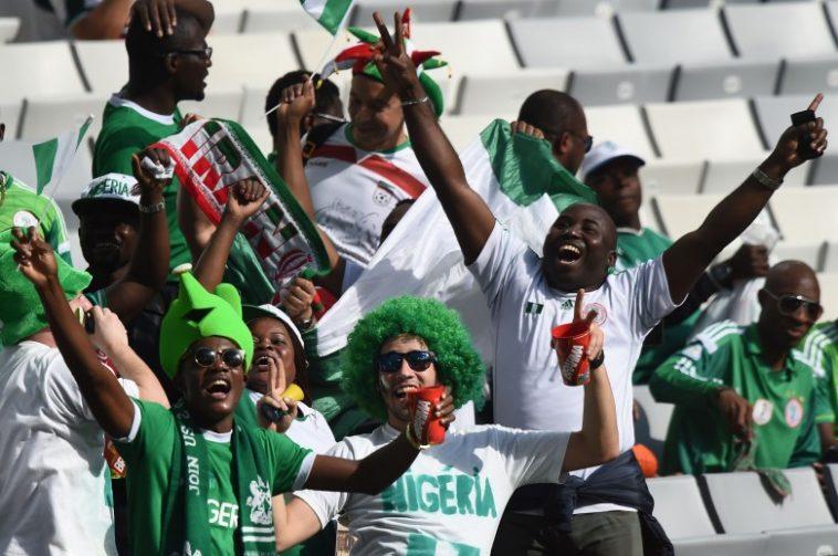Nigerian-football-fans-780x518