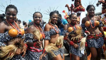 PIC  8..   CONTINGENTS OF CROSS RIVER STATE, DURING THE MASQUERADE FIESTAOF  THE ABUJA CARNIVAL IN ABUJA ON MONDAY (26/11/12).
