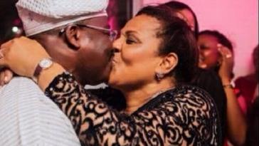 Gov-Ajimobi-Wife-Kiss