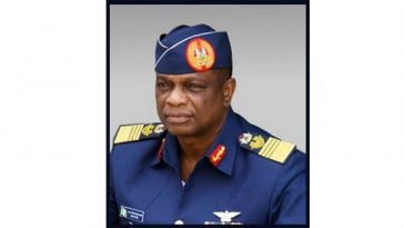 PAUL-DIKE-Nigerias-First-Air-Chief-Marshal-Life-Biography-Photos-History-Image-Uniform-Family-1_compressed