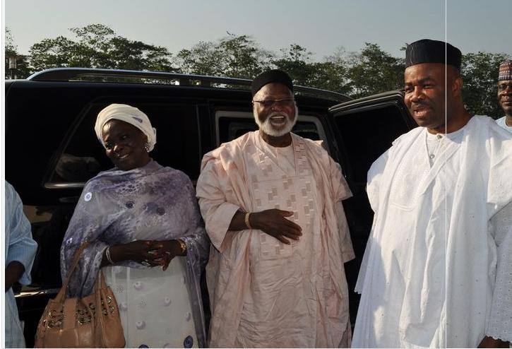 ABDULSALAMI-ABUBAKAR-Nigerias-Transitional-Leader-21