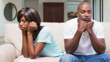 Unhappy-black-couple-2
