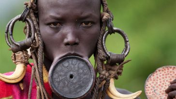 1335_1mursi_ethiopia_omo_valley_lip_plate