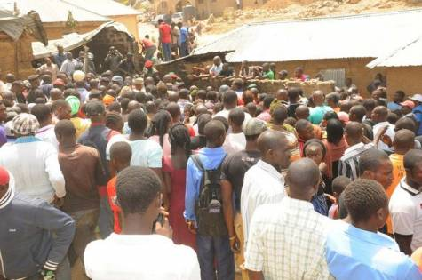 CROWDED CRASH SITE IN JOS