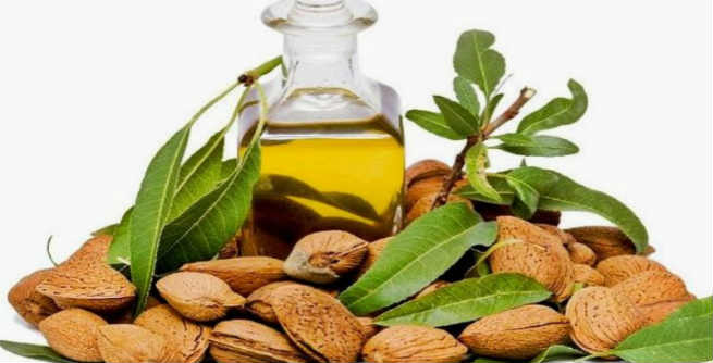 almond-oil-for-natural-hair