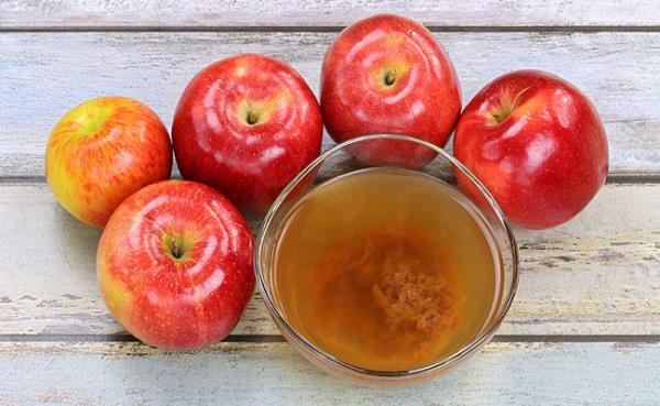 gApple cider vinegar