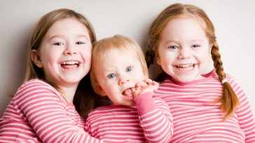 group-of-sisters_zlmo65