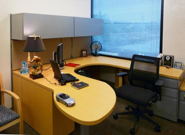 office 6122460_o_large