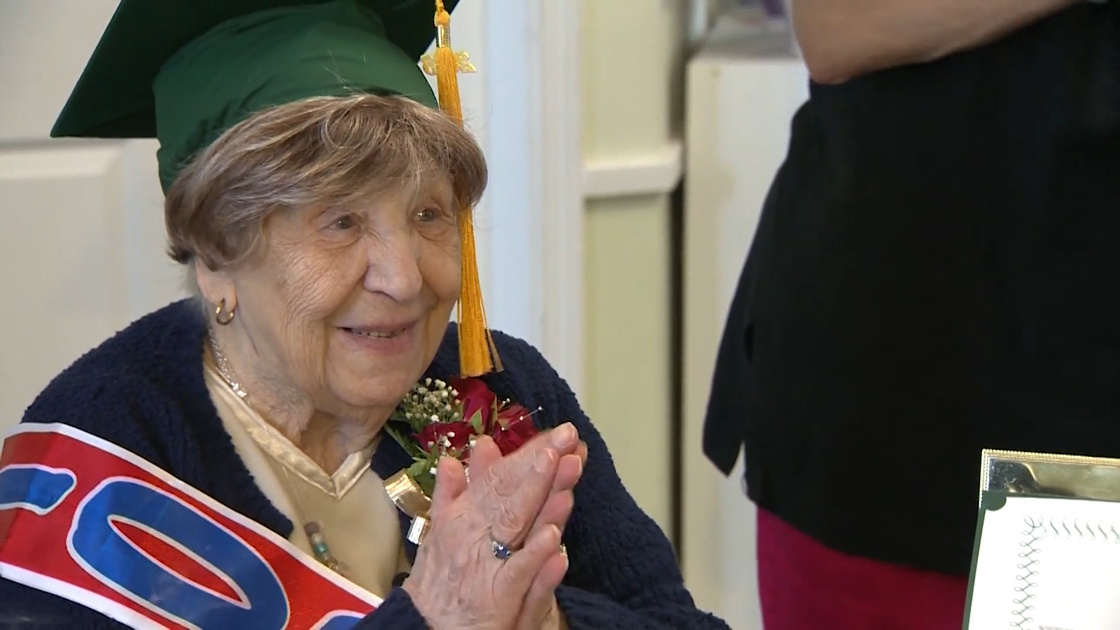 100-year-old-graduate