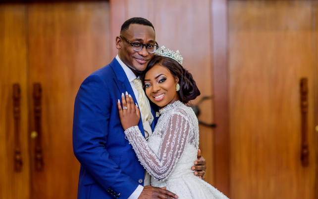 Kunbi Oyelese and Lanre Tomori White Wedding