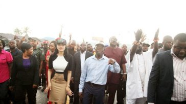 Oshiomhole and his wife Iara and others on a road show in Benin...yesterday