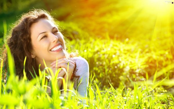 sun relaxation women rays meadow