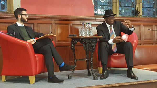 goodluck-jonathan-at-oxford-union1
