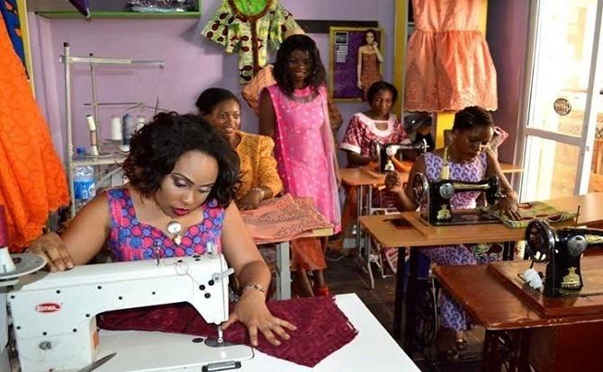 Fashion Designer Training Requirements - Innovators Guide 93