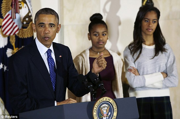 obama-and-daughters
