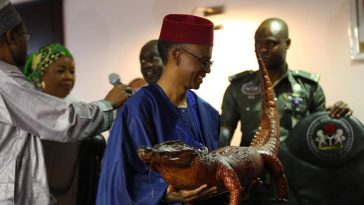 Gov El-Rufai's Gift To Some Visiting Chinese Officials In Kaduna