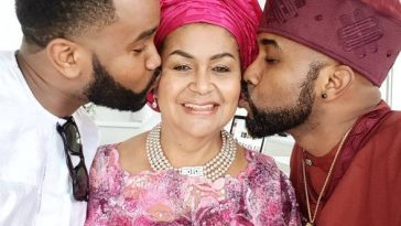 BankyW, His Mum And Younger Brother