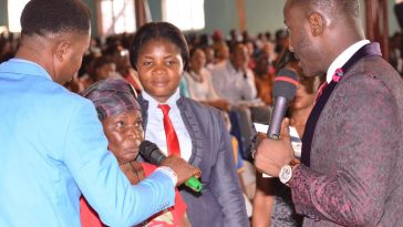 Apostle Suleman Places Elderly Woman On N50k Lifetime Salary
