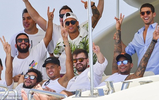 Neymar And His Friends