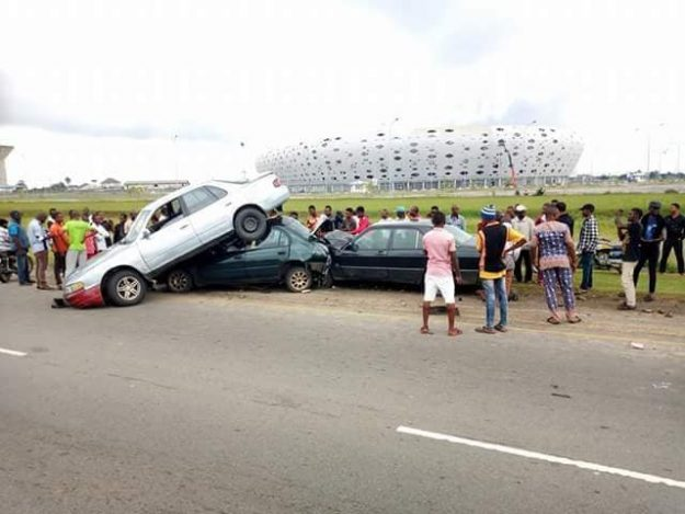 How Phone Call Caused This Terrible Multiple Accident in Front of Uyo Stadium (Photos)